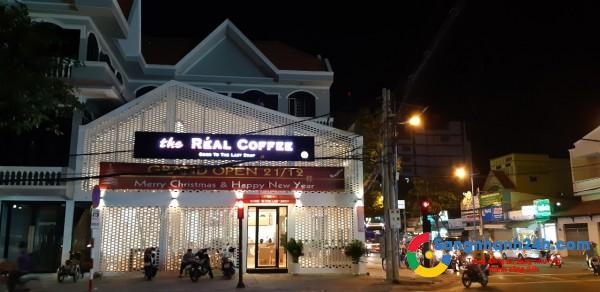 Cần sang quán the Réal Coffee, 18 Nguyễn Trường Tộ, phường 3, thành phố Vũng Tàu.