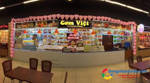 Sang nhanh khu ăn uống trong toà nhà Lottemart, lượng khách ổn định, trang thiết bị đầy đủ.